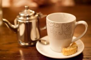 Mint tea and biscotti