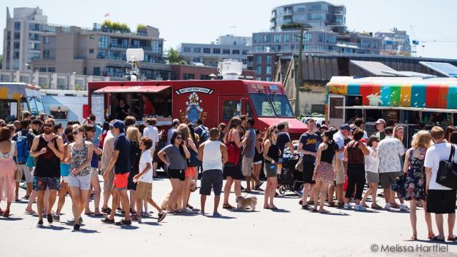 vancouver food cart fest crowds