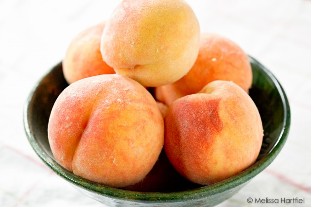 okanagan peaches in a bowl