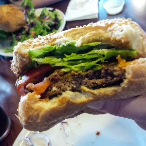 Five Reasons Why I love Burger Heaven (and shooting food with a mobile phone) | Eyes Bigger Than My Stomach
