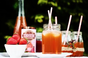 Strawberry Chocolate Iced Tea | Eyes Bigger Than My Stomach