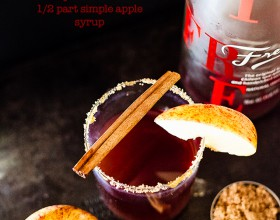 Spiced Berry Apple Fizz Cocktail